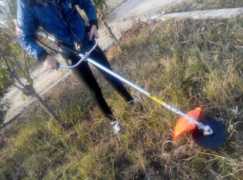 手持式打草机  背负式汽油松土机 翻地机多功能旋耕机