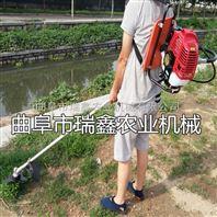 瑞鑫机械厂生产果园小型锄草机松土机操作视频