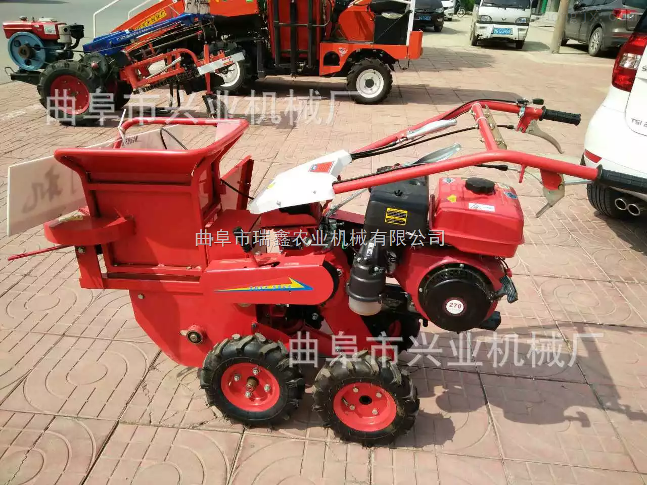 自走式小型玉米收割机 掰玉米棒子机 玉米收获机型号