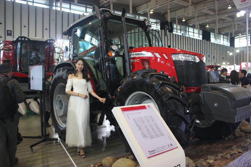 江苏农机展精美炫酷农机秀