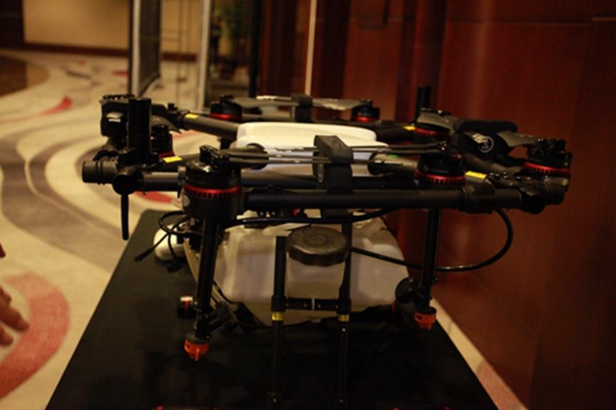 第八届中国农业航空技术展览会各家无人机显风采