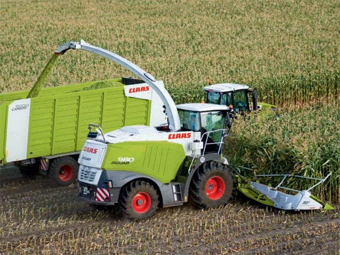 克拉斯CLAAS玉米秸秆粉碎机工作
