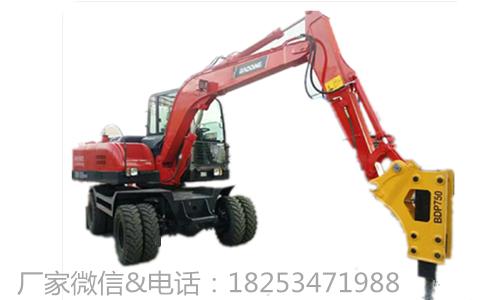 挖机翻车事故-轮式液压挖掘机 供应轮式液压挖掘机